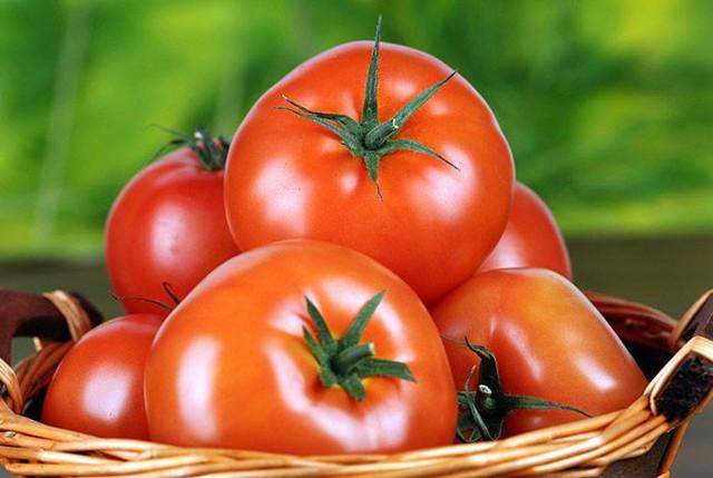 Bỏ cà chua vào tủ lạnh để dùng được lâu hơn: Sai lầm hầu hết bà nội trợ nào cũng mắc - Ảnh 2.