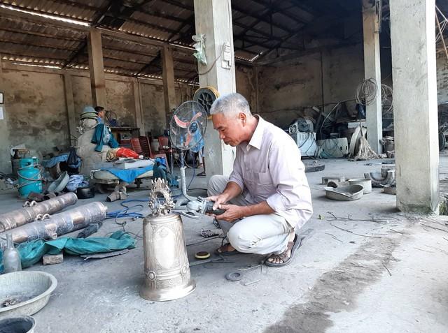 Mục sở thị gia tài khổng lồ của người đàn ông lập 4 kỷ lục Guinness Việt Nam - Ảnh 2.