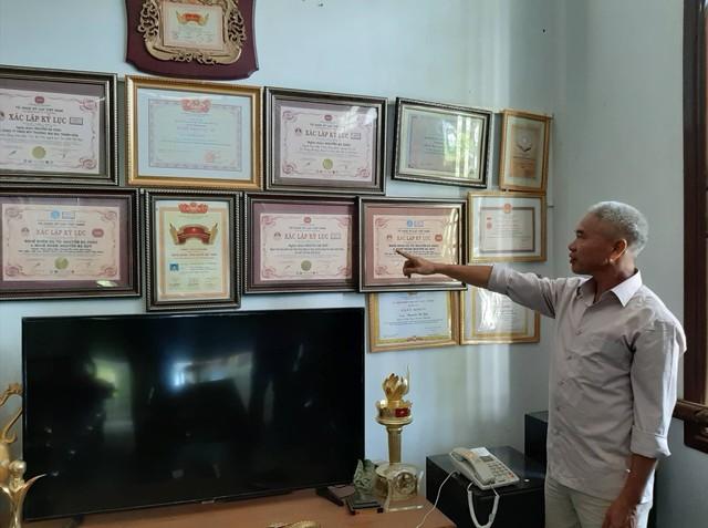 Mục sở thị gia tài khổng lồ của người đàn ông lập 4 kỷ lục Guinness Việt Nam - Ảnh 4.