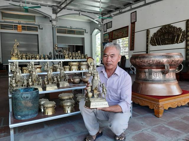 Mục sở thị gia tài khổng lồ của người đàn ông lập 4 kỷ lục Guinness Việt Nam - Ảnh 5.