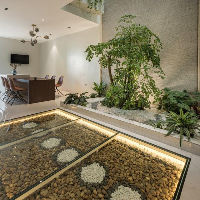 Khách sạn ẩn trong ngôi nhà ống Quảng Ninh  - Ảnh 6.