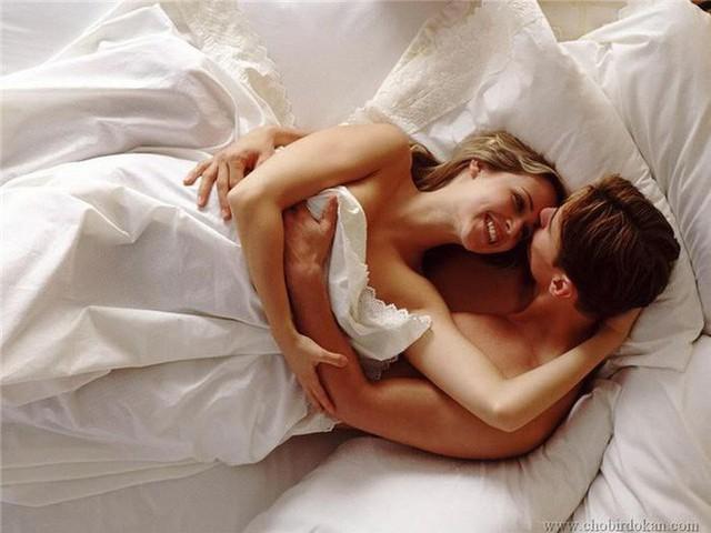 Vợ chồng sẽ hạnh phúc khi quan hệ mỗi tuần một lần? - Ảnh 1.
