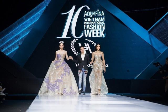 Dàn người đẹp nổi tiếng mở màn tuần lễ thời trang ở Hà Nội - Ảnh 3.