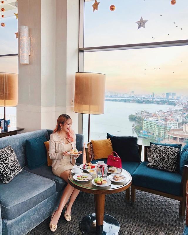 Thu sang, lang thang 5 quán cà phê view tình, đẹp nhất Hà Nội - Ảnh 1.
