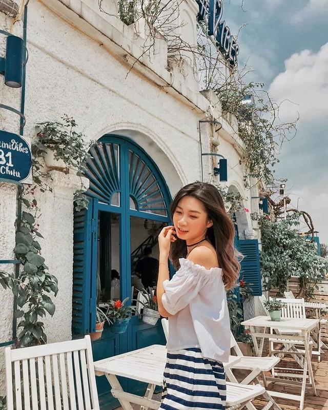 Thu sang, lang thang 5 quán cà phê view tình, đẹp nhất Hà Nội - Ảnh 17.