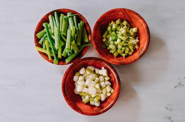 Mẹo trữ đông các loại rau gia vị tươi lâu, mở tủ lạnh ra là có, đỡ mất công mua  - Ảnh 7.