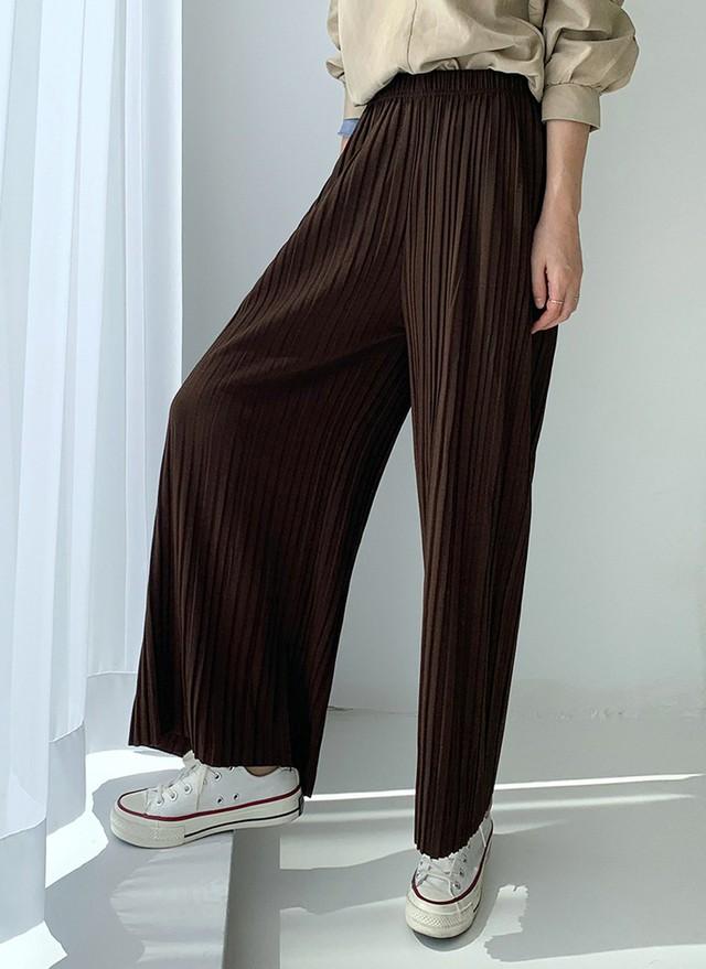 Mùa nào quần áo nấy, bạn cứ phải sắm đủ 5 mẫu quần dài sau thì mới yên tâm mặc đẹp suốt thu được - Ảnh 10.