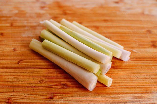 Mẹo trữ đông các loại rau gia vị tươi lâu, mở tủ lạnh ra là có, đỡ mất công mua  - Ảnh 10.