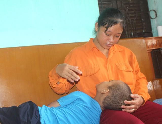 Tận cùng nỗi đau của người mẹ nghèo có con trai 6 tuổi mắc bệnh ung thư máu - Ảnh 7.