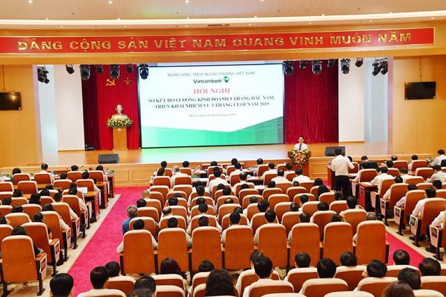 Vietcombank tổ chức Hội nghị sơ kết 9 tháng đầu năm và triển khai nhiệm vụ 3 tháng cuối năm 2019 - Ảnh 3.