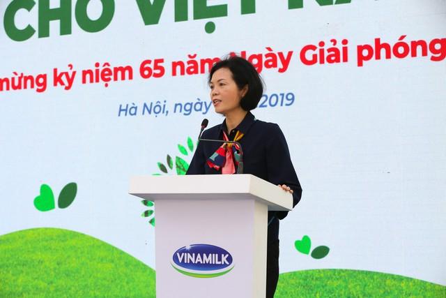 Vinamilk chung tay bảo vệ môi trường thủ đô thông qua quỹ 1 triệu cây xanh cho Việt Nam - Ảnh 4.