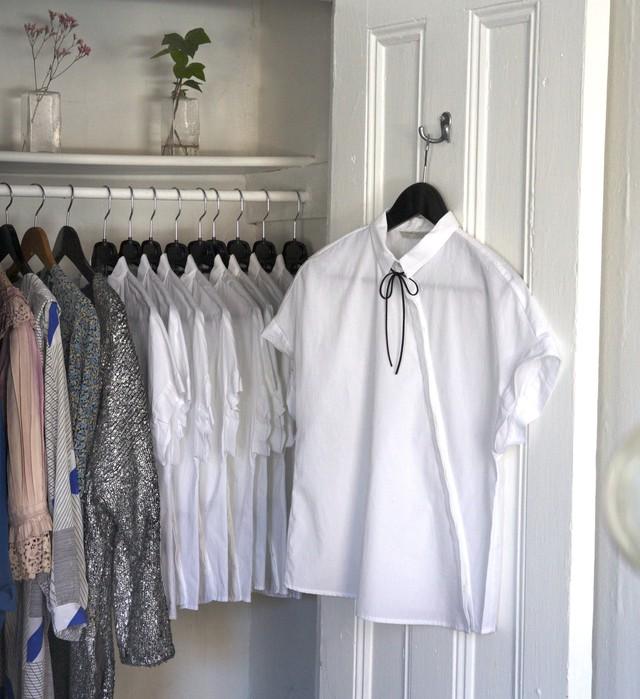 Bí quyết thành công của nữ giám đốc xinh đẹp: Suốt 3 năm chỉ diện 1 mẫu áo đi làm, đồng nghiệp từ kiêng dè thành kính nể - Ảnh 2.