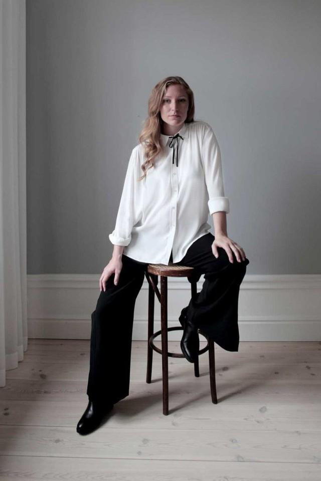 Bí quyết thành công của nữ giám đốc xinh đẹp: Suốt 3 năm chỉ diện 1 mẫu áo đi làm, đồng nghiệp từ kiêng dè thành kính nể - Ảnh 12.