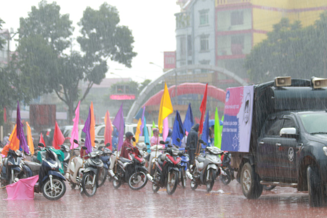 Mất cân bằng giới tính khi sinh sẽ ảnh hưởng tiêu cực tới cấu trúc dân số Việt Nam - Ảnh 4.