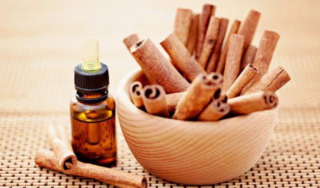 Ngạc nhiên với các loại tinh dầu ai cũng biết nhưng lại không biết cách dùng để trị cảm, ho thật tốt - Ảnh 4.