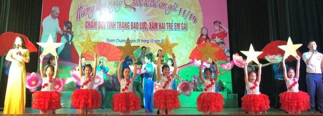 Nghệ An: Tổ chức truyền thông hưởng ứng ngày Quốc tế trẻ em gái - Ảnh 1.