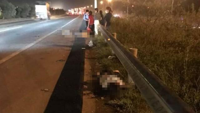 Hiện trường vụ tai n ạn thương tâm khiến 2 người ch ết, 1 người bị th ương trên cao tốc Hà Nội - Bắc Giang tối 8/10.