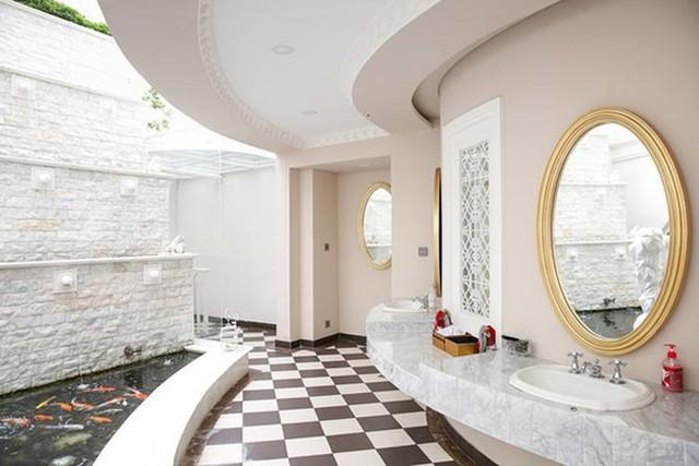 Biệt thự xa hoa của Giáng My, nhìn bể cá Koi trong phòng tắm rộng bằng căn hộ nhà người khác là đủ ngất ngây - Ảnh 10.