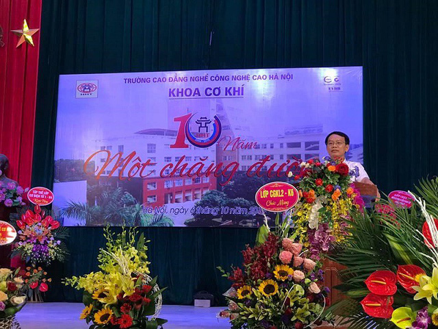 Ân tình 10 năm ngày thành lập trường Cao đẳng nghề Công nghệ cao Hà Nội - Ảnh 1.