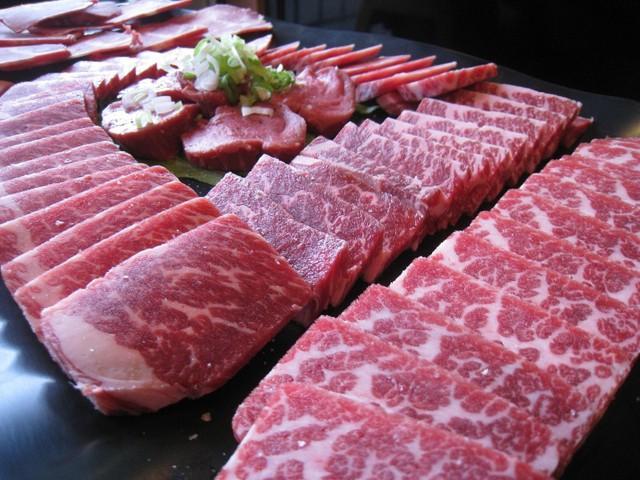Đáng ngờ, món hàng made in Japan về Việt Nam rẻ hơn bên Nhật - Ảnh 3.