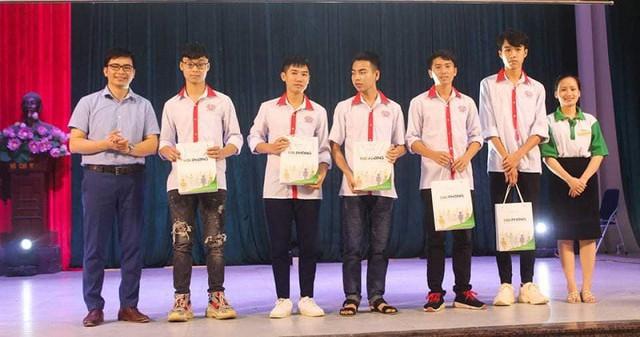 Ân tình 10 năm ngày thành lập trường Cao đẳng nghề Công nghệ cao Hà Nội - Ảnh 6.