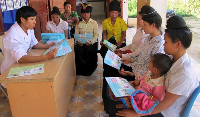 Điện Biên triển khai nhiều biện pháp đẩy mạnh thực hiện Đề án xã hội hóa phương tiện tránh thai - Ảnh 1.