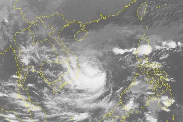 Gió sẽ giật rất mạnh khi bão số 6 đổ bộ vào Quảng Ngãi - Khánh Hòa - Ảnh 1.
