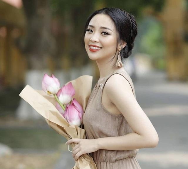 Nữ sinh ĐH Kinh tế Quốc dân là thủ khoa, hoa khôi - Ảnh 7.