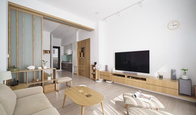 Vợ chồng trẻ sử dụng hệ thống nội thất thông minh, kết nối cảm biến giúp căn hộ trở nên khoa học hơn - Ảnh 3.
