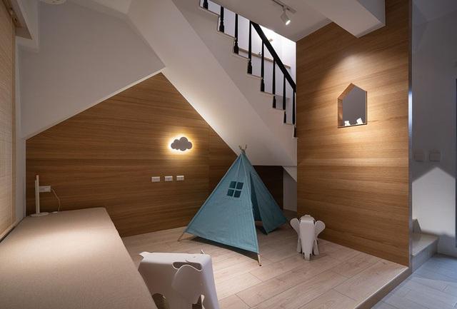 Vợ chồng trẻ sử dụng hệ thống nội thất thông minh, kết nối cảm biến giúp căn hộ trở nên khoa học hơn - Ảnh 7.