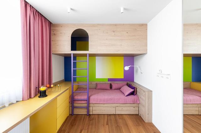 Ngôi nhà rộng tới 190m2 nhưng giao chủ tối đa hóa diện tích để dành chỗ cho trẻ chơi đùa - Ảnh 9.