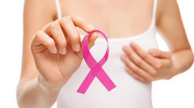Dấu hiệu ban đầu cảnh báo ung thư vú đừng nên chủ quan - Ảnh 1.