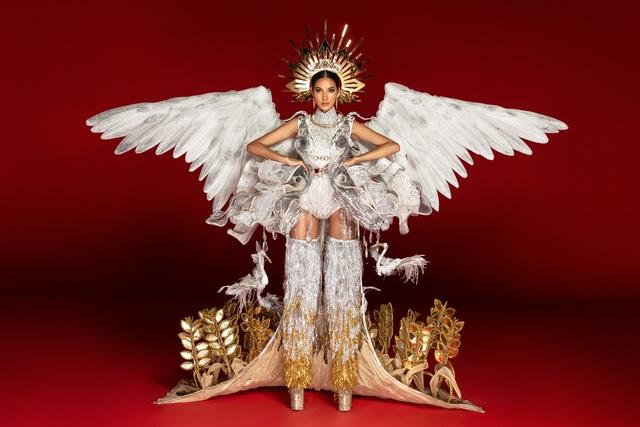 Khả năng cao Hoàng Thùy sẽ đem Café phin sữa đá  đến Miss Universe 2019 - Ảnh 2.