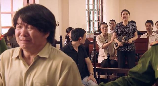 Sinh tử tập 8: Vợ Tỵ đã nhận tiền chạy tội của Hoàng nhưng vẫn lật mặt tại tòa xét xử chồng - Ảnh 1.