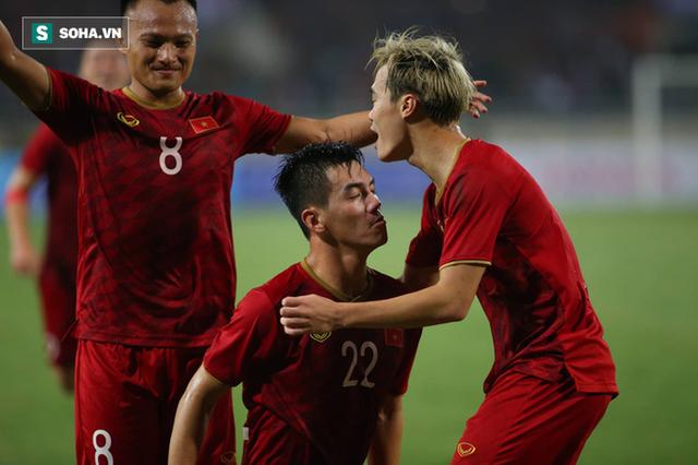Thầy Park quật ngã UAE, nhận niềm vui nhân đôi để mở toang cửa vào vòng loại cuối World Cup - Ảnh 11.