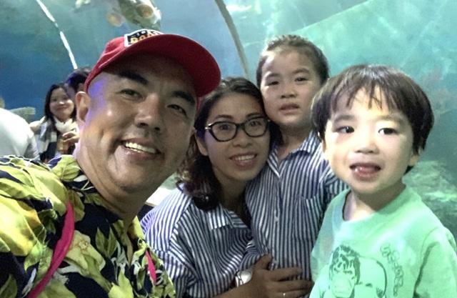 Gia đình hạnh phúc của nghệ sĩ Quốc Thuận - Ảnh 4.