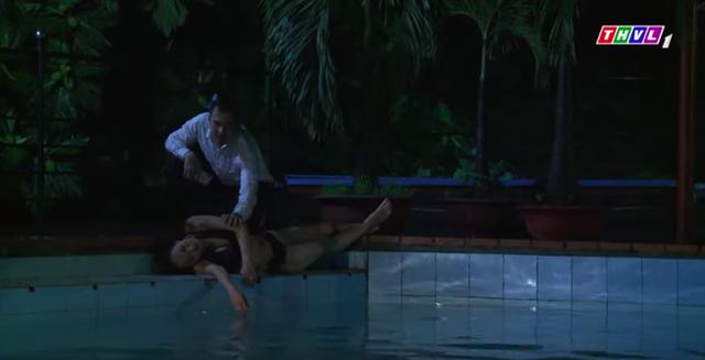 Không lối thoát tập 9: Bác sĩ Minh giết nhân tình dã man sau khi moi được tiền khiến khán giả sốc toàn tập - Ảnh 9.