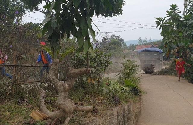 """Mục sở thị đại công trường khai thác """"vàng đen"""" ở Bắc Giang - Ảnh 3."""