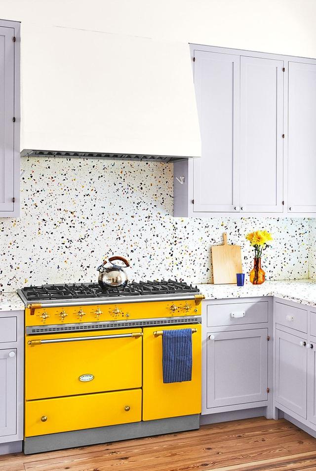 15 mẫu thiết kế nhà bếp mới toanh, vô cùng bắt mắt khiến bạn có cảm hứng đứng bếp nấu nướng mỗi ngày - Ảnh 2.