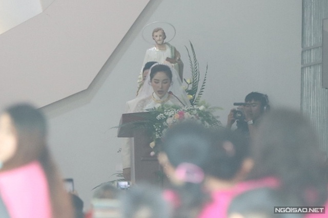 Bảo Thy làm lễ cưới ở nhà thờ - Ảnh 4.