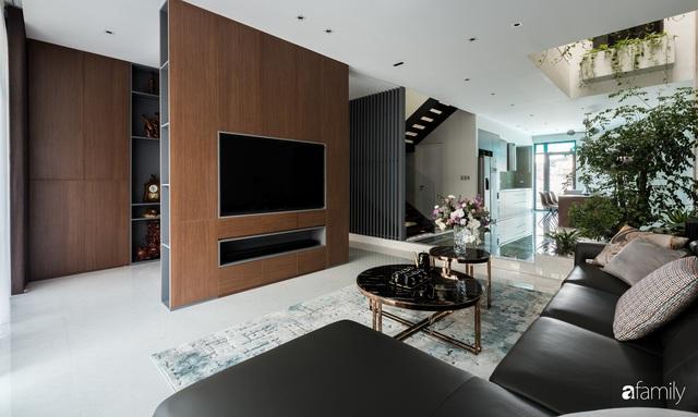 Ngôi nhà bố dành tặng con trai được thiết kế theo phong cách tối giản với những khoảng xanh bắt mắt ở Quảng Ninh - Ảnh 11.