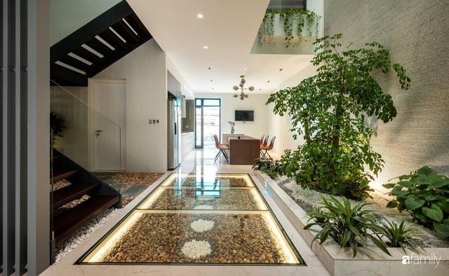 Ngôi nhà bố dành tặng con trai được thiết kế theo phong cách tối giản với những khoảng xanh bắt mắt ở Quảng Ninh - Ảnh 14.
