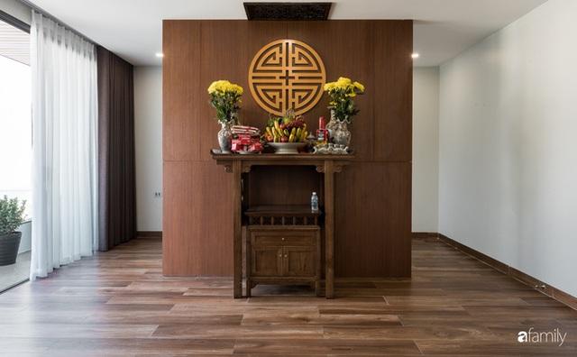 Ngôi nhà bố dành tặng con trai được thiết kế theo phong cách tối giản với những khoảng xanh bắt mắt ở Quảng Ninh - Ảnh 33.