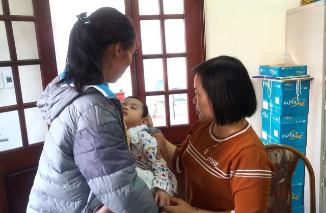 Sự thật bất ngờ bé trai 3 tuổi ở Hải Dương bị bỏ rơi trước cửa nhà dân - Ảnh 6.