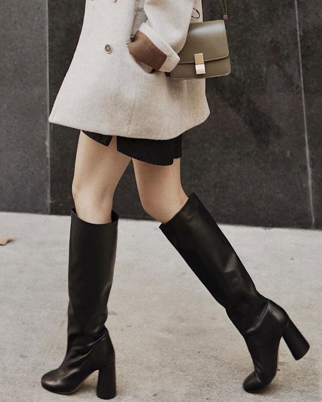 Mỗi kiểu chân váy đều có một đôi boots hoàn hảo để song hành, diện lên xinh ngất ngây và tôn dáng hết cỡ - Ảnh 3.