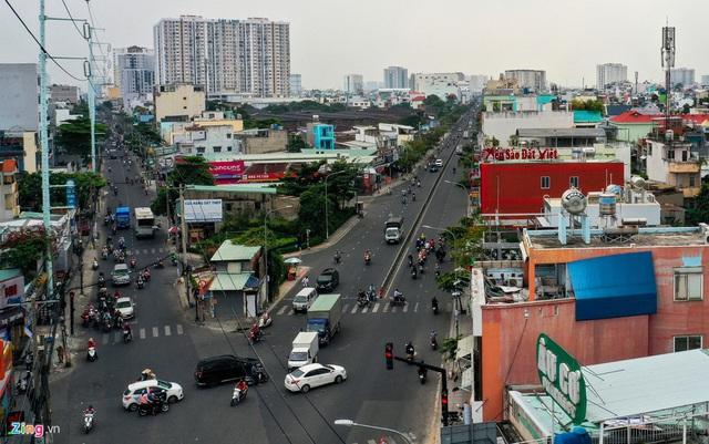 Cận cảnh căn nhà giữa giao lộ ở TP.HCM được đền bù 5,1 tỷ  - Ảnh 12.