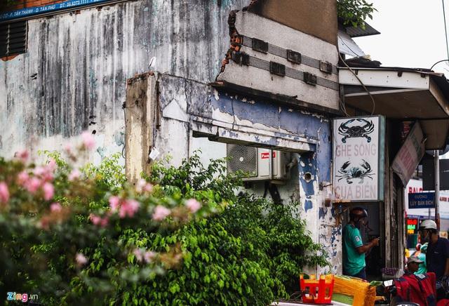 Cận cảnh căn nhà giữa giao lộ ở TP.HCM được đền bù 5,1 tỷ  - Ảnh 7.