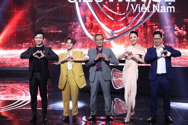 Lại Văn Sâm sau 2 năm về hưu đắt show, thu nhập cao hơn đương chức - Ảnh 4.