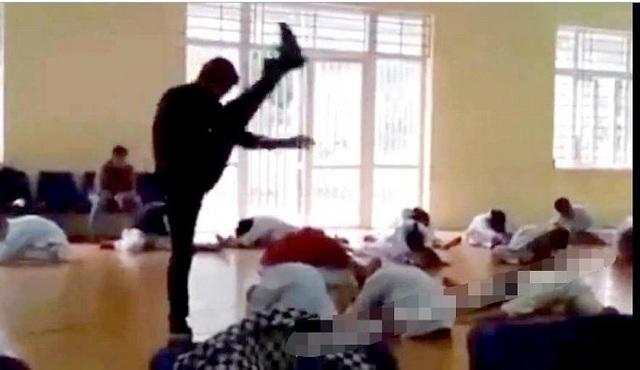 """Bất ngờ trước gia cảnh của thầy giáo dạy võ như """"tra tấn"""" học sinh ở Vĩnh Phúc - Ảnh 2."""