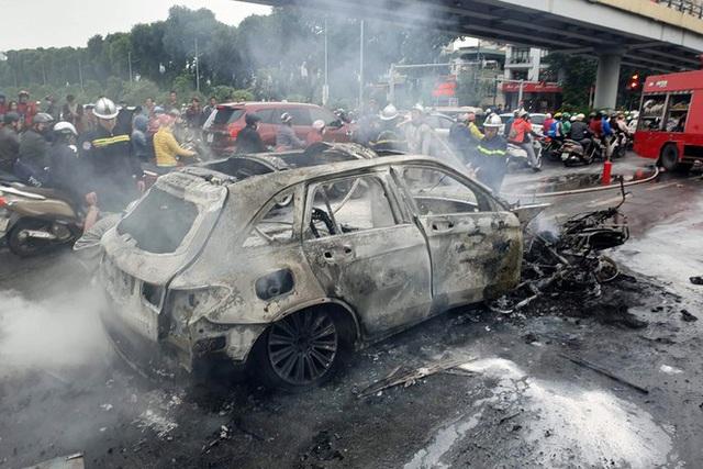 Hé lộ nguyên nhân ban đầu vụ xe Mercedes cháy rực kèm tiếng nổ lớn làm 1 người chết - Ảnh 3.
